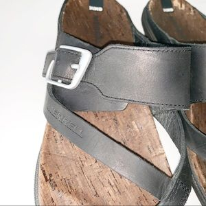 Merrell Shoes - [MERRELL] Around Town Luxe Buckle Thong